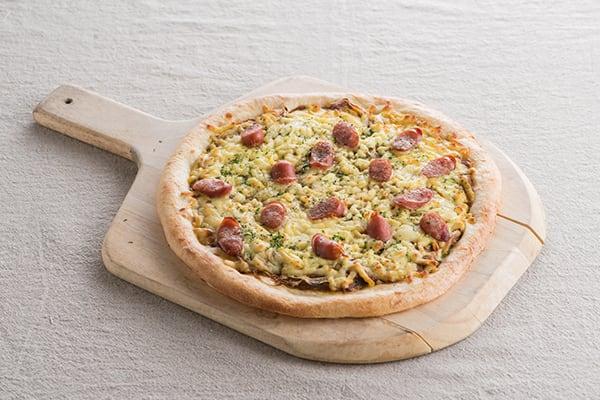ブラックペッパー薫る カレージャーマンPizza