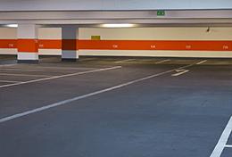 イベント参加者は駐車場最大7時間無料